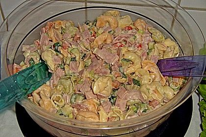 Tortellinisalat mit Zucchini und Schinken (Rezept mit Bild) | Chefkoch.de