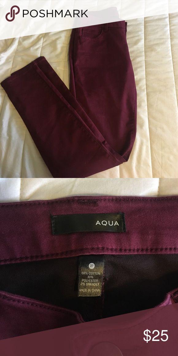 "Bloomingdales ""Aqua"" Maroon Jeans Never been worn. Maroon Jeans. Size 27 Aqua Jeans Skinny"