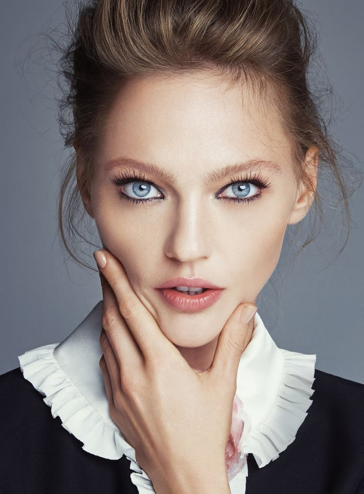 Sasha Pivovarova by Patrick Demarchelier for Allure January 2016. Fashion Editor: Paul Cavaco Hair: Diego Da Silva Makeup: Dotti