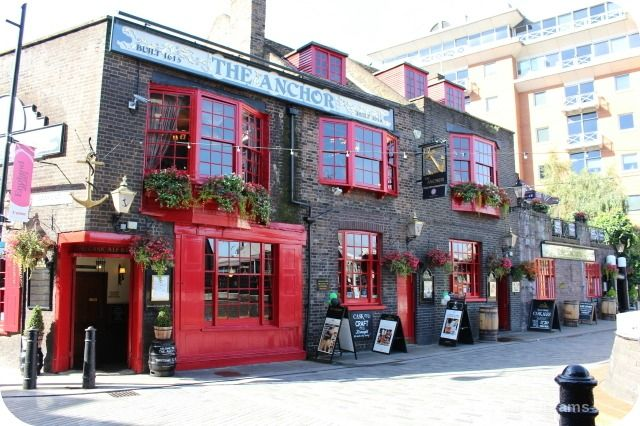 London Bankside River Walk: The Anchor Inn. Patrons of The Anchor Inn included Dr. Samuel Johnson,Sir Joshua Reynolds, Oliver Goldsmith, and Samuel Pepys #History #London
