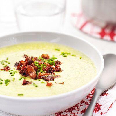 Bild på Grönkålssoppa med potatis och bacon