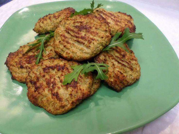 Brokkolis csirkemell fasírt (paleo) ~ Éhezésmentes Karcsúság Szafival
