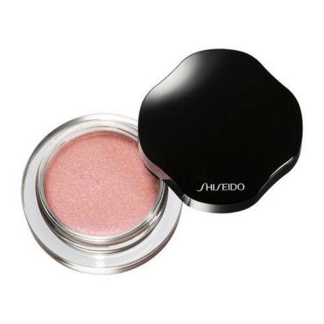 Shimmering Cream Eye Color, Mousseline, di Shiseido, è un ombretto in crema idratante e luminoso. Equilibrato, fresco e femminile (25,50 euro).