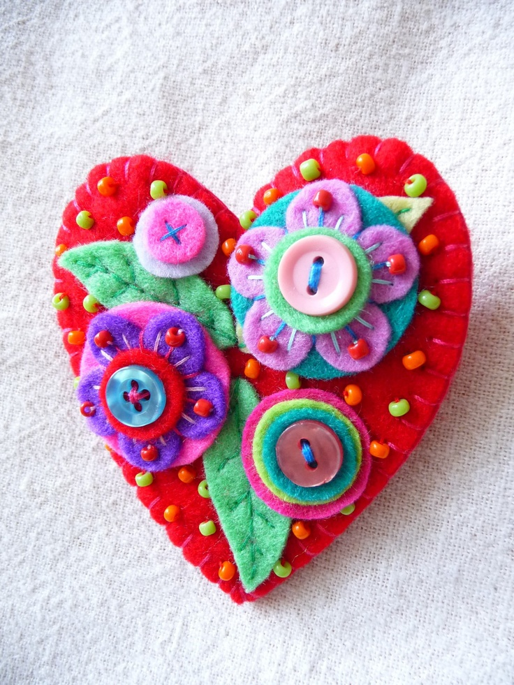 felt art broches | E15 JAPANESE ART INSPIRED HEART SHAPE FELT by designedbybettyshek