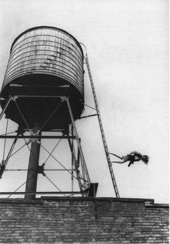 Trisha Brown, Woman Walking Down a Ladder, 1973