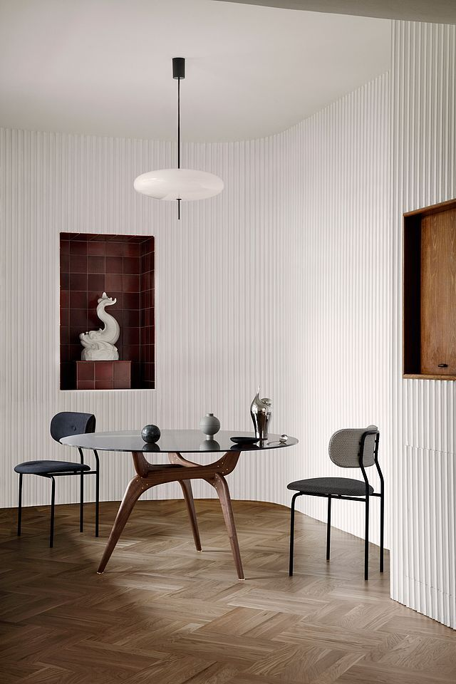 Superior 4 Spaces That Prove Round Tables Are A Must (Bloglovinu0027 Home). Round  GlassRound Dining ...