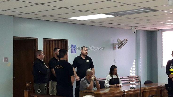 """Monstruo de Dota hizo brutal violación a niña: """"La encontraron despedazada"""" https://www.laprensalibre.cr/Noticias/detalle/130537/monstruo-de-dota-hizo-brutal-violacion-a-nina:-la-encontraron-despedazada  Concuerdo 50 años en la cárcel es poco en este caso. (Benjamín Núñez Vega)     """"!La menos pesaba unos 35 kilos y su cuerpo sufrió el desgarro de su vagina y su ano al tiempo que fue amenazada para que, ni siquiera, se quejara.  """"El Tribunal ve que no pudo encontrar otra víctima más…"""