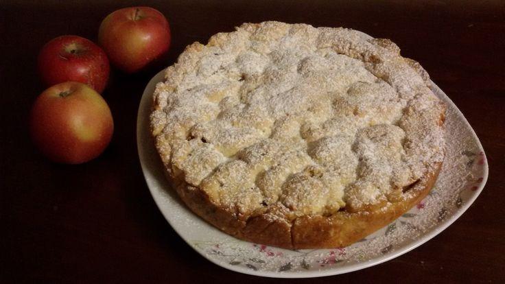 crostata con ripieno di mele