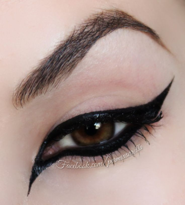 Extreme Cat Eye for Halloween. You can use the Be a Bombshell Eyeliner from this past September box! Learn more here: http://www.glossybox.com/