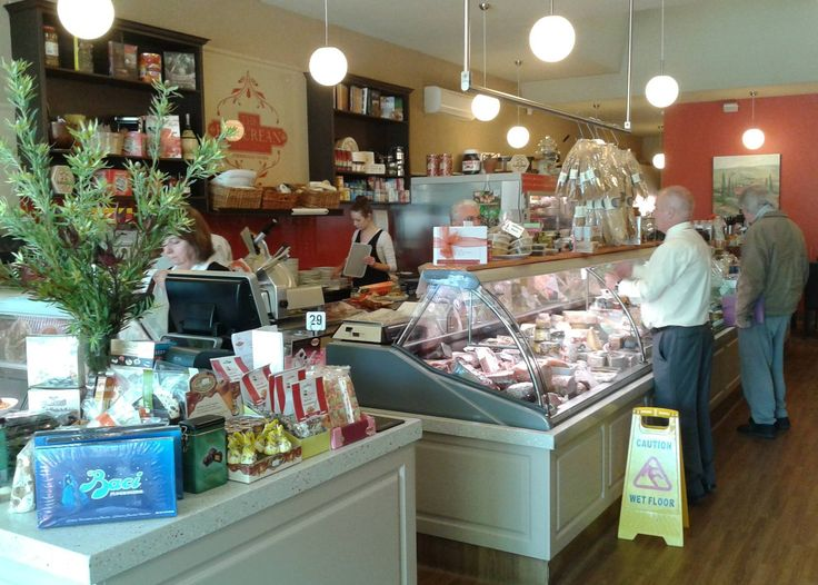 Epicurean Delicatessen: italian food shop in Bendigo