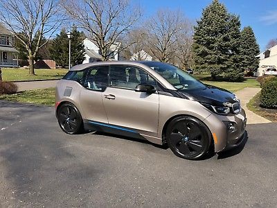 2014 BMW i3 Giga World 2014 BMW i3 with Giga World Package - Low Miles