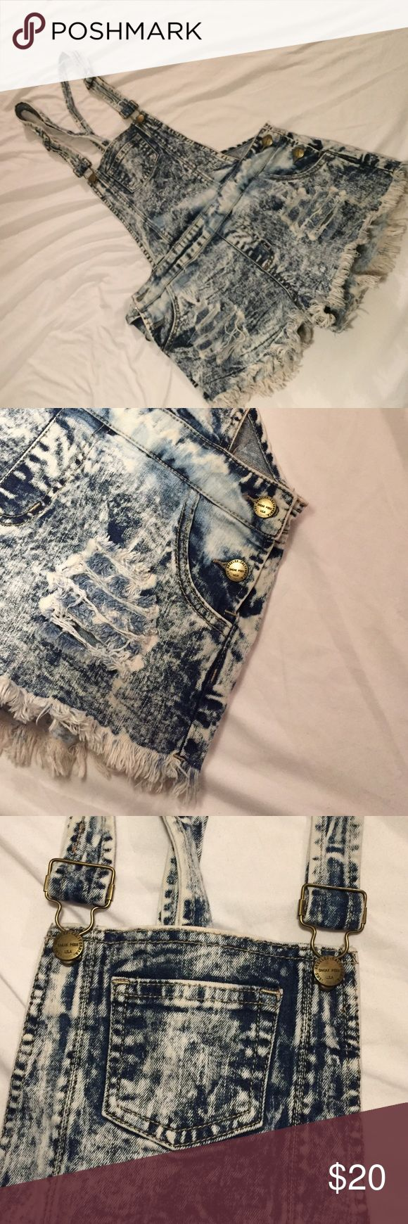 Distress Denim Acid Wash Overall Shorts Sexy denim overall shorts. 5 pockets Charlotte Russe Shorts Jean Shorts