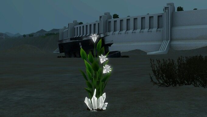 White Crystal Plant. Un-Charged. It was neutral.