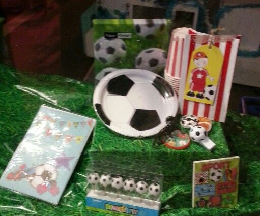 Planning a soccer party? See Build a Birthday