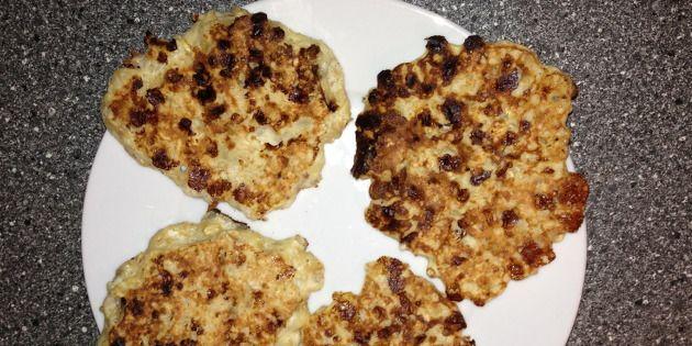 Små svampede pandekager med bl.a. havregryn, hytteost og banan. Kan f.eks. spises som morgenmad, et lille mellemmåltid eller dessert.