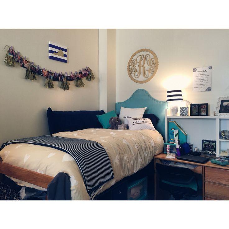Gifford Hall - James Madison University dorm room