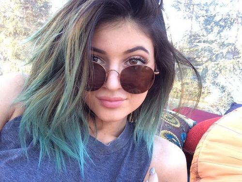 kylie jenner's hair ugh... why i'm not you???