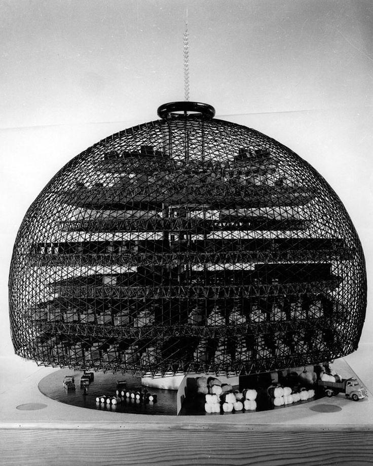 Бакминстер Фуллер, Автоматический хлопчатобумажный комбинат, 1952,...  Модель, разработанная со студентами университета штата Северная Каролина .  колледж Дизайна.   Фотография Ральф Мельницы