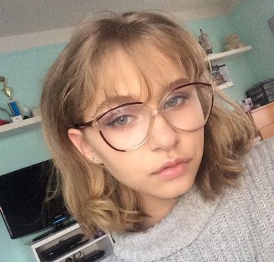 i want to get my hair cut and wear big glasses and wear polo necks