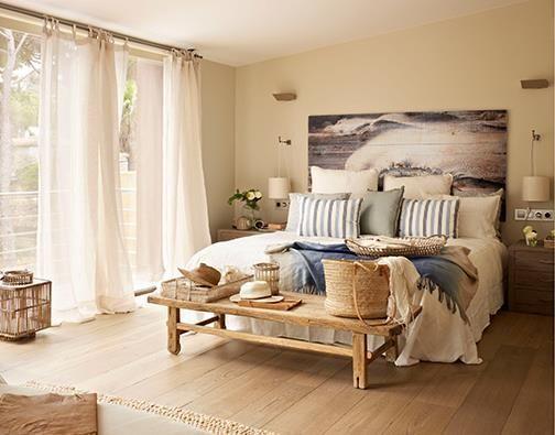 Colores arena, mimbre y rayas azules son los mejores aliados para dar un look marinero al dormitorio https://www.facebook.com/westwing.es?fref=photo