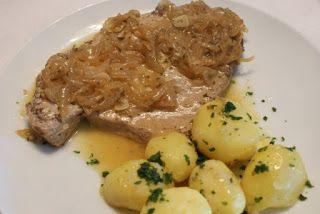 Receita deCebolada de Bifes de Atum   Ingredientes:   800 grs de bifes de atum fresco  1 kg de batatas cozindas com pele  3 cebolas  5 de...