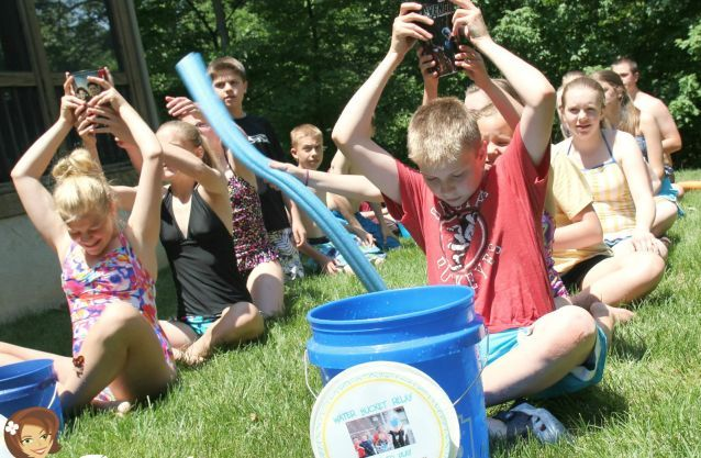 water games for kids outside | Water Bucket Relay Game for Kids - Tip Junkie