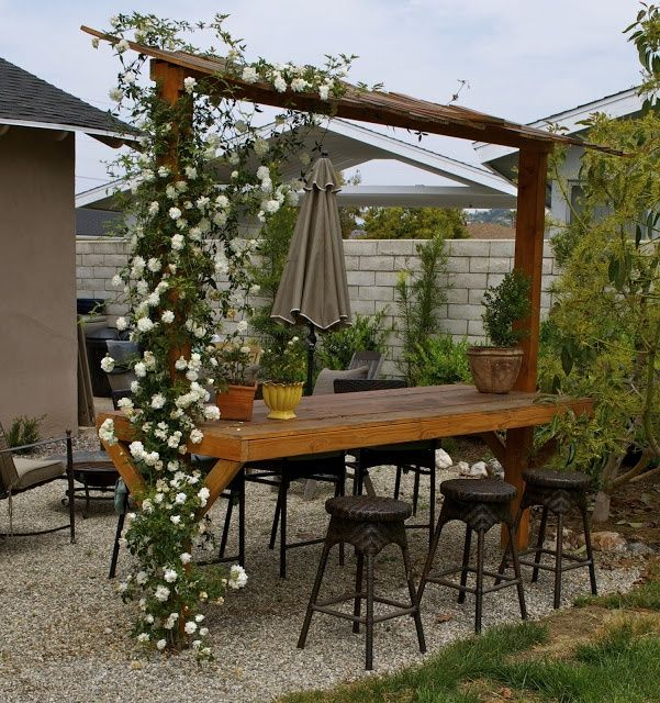 Fold down bar shelf for deck pergola outdoor bar by make for Decoracion de jardines rusticos fotos
