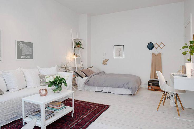 Kawalerka w bloku w stylu skandynawskim - salon z sypialnią i gabinetem