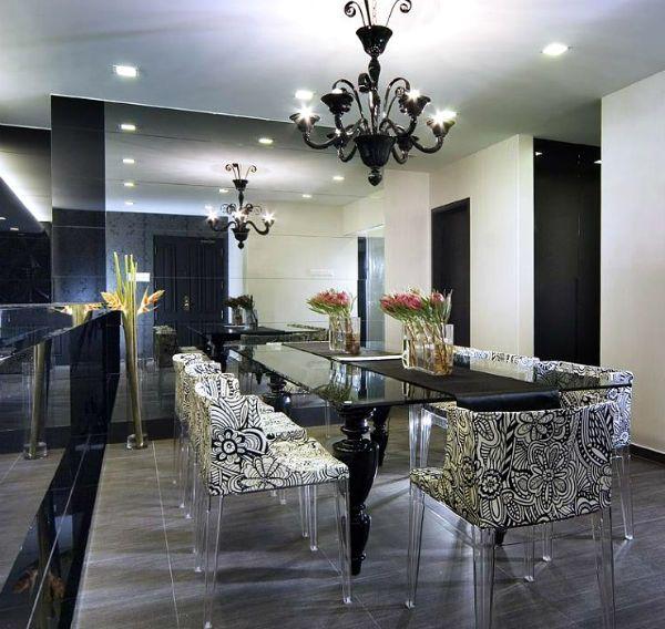 В данном обзоре рассмотрена и представлена кухня в стиле Арт-деко. Заходите и изучайте лучшие фотографии кухонь Арт-деко.