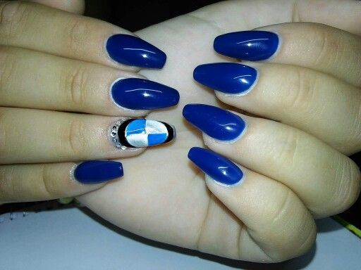 BMW logo coffin nails