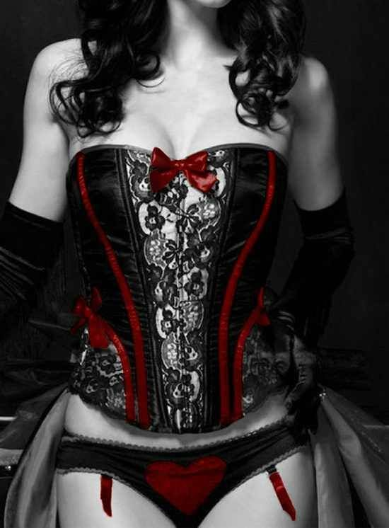 Pin On Goth Women