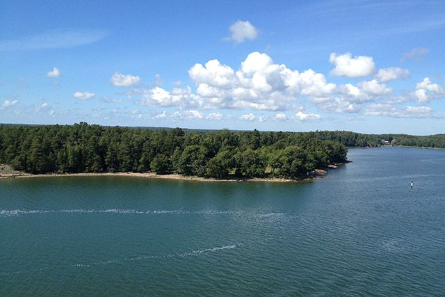 Cruising in the Gulf of Bothnia in the Baltic Sea. Turku to the Åland Islands.