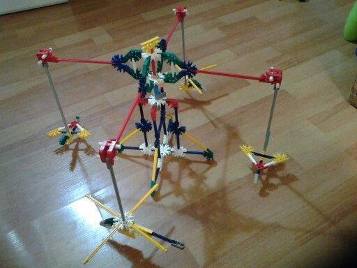 Spin-o-matic - Bonus build from the K'Nex website. Love the little planes and helicopters! (10/ 2013)