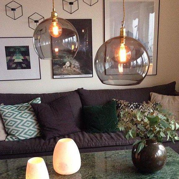 Leuke woonkamer/eetkamer hanglamp van handgeblazen glas