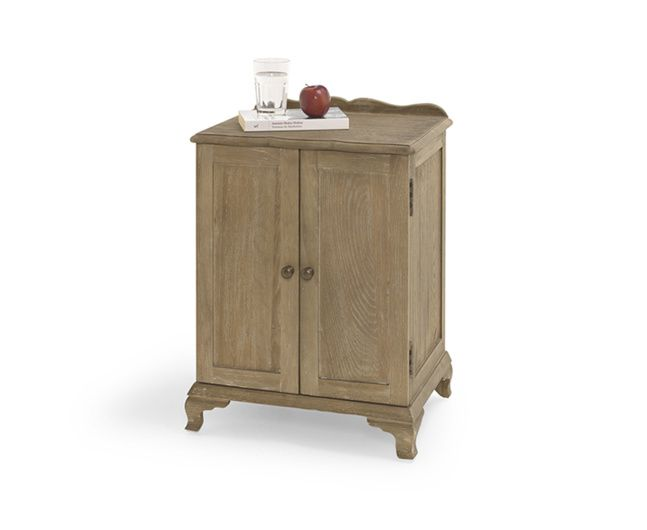 The Aimee bedside table is a handmade sturdy oak bedside cabinet. It goes brilliantly with our French beds and our upholstered beauties too.