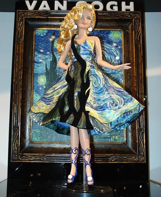 Gorgeous.  I SO want her, as this is the theme in my master bedroom.