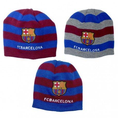 Gorros oficiales del FC Barcelona. Tres modelos a elegir por tan solo 5,39€ cada uno. Éste y más productos de #merchandising de fútbol barato en nuestra tienda de regalos online.