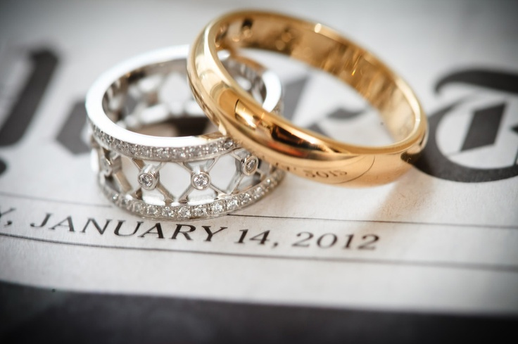 Her #ring but in gold. (Photography by 4eyesPhotography.com)