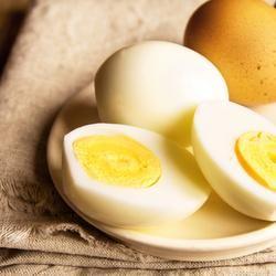 Десять причин включить в рацион куриные яйца