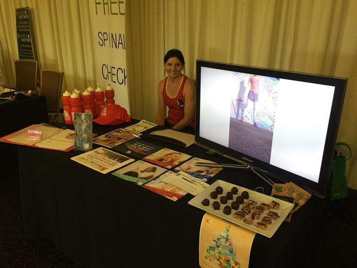 Rigani helping Insideout Fitness Darwin at the Health and Wellness Expo!