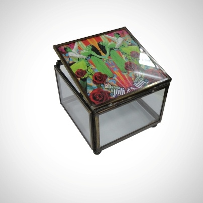 Glass utility/Gift Box 'Rab Ne Bana Di Jodi' imprint   Now At Rs. 450.00