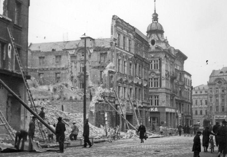 Zmrtvýchvstání Opavy: 1945 - 2015 — ČT24 — Česká televize