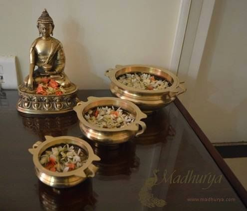 Brass Buddha Statue Of prosperity, beauty, peace and auspiciousness : Beautiful brass Buddha statue rests peacefully.. The room looks adorned with different #Brass Urlis carrying flowers with everyday freshness. Take home a variety of brass home decor products. #handicraftsonline #handicraftsindia