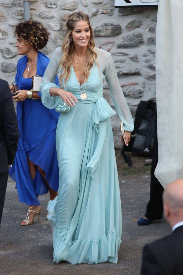 Le nozze di Belen Rodriguez e Stefano De Martino   Elena Santarelli in abito Luisa Beccaria   FOTO