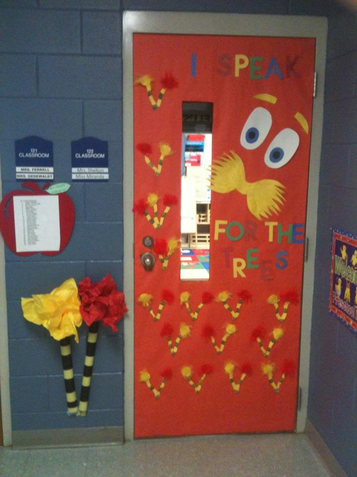 Best dr seuss lorax ideas on pinterest suess door day for Idea door activity days