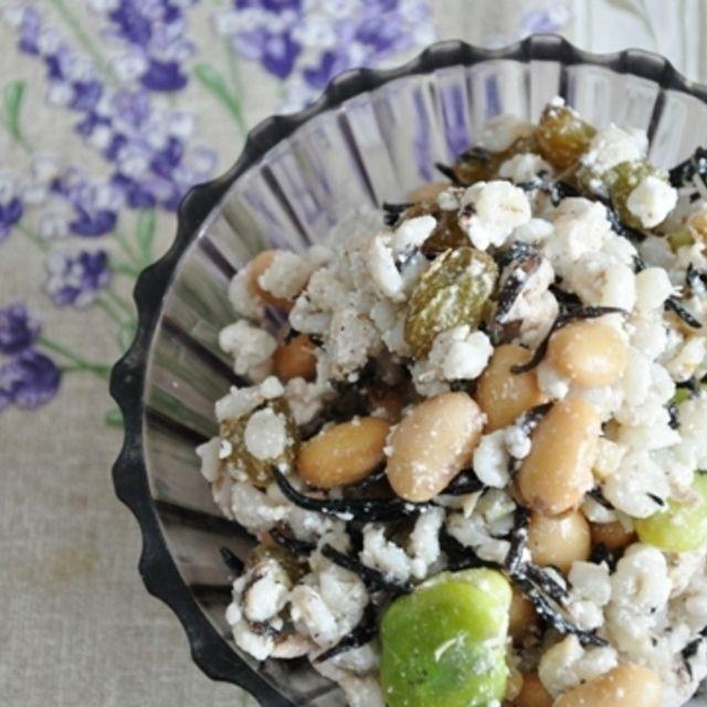 押し麦のひじきと豆ナッツのカッテージサラダ