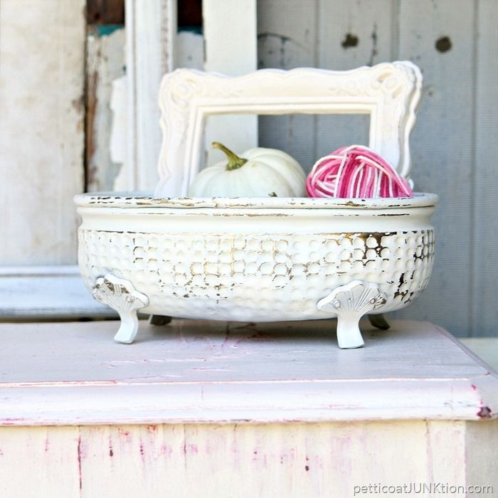Decorating With Distressed Furniture: 1000+ Ideas About Distressing Painted Furniture On
