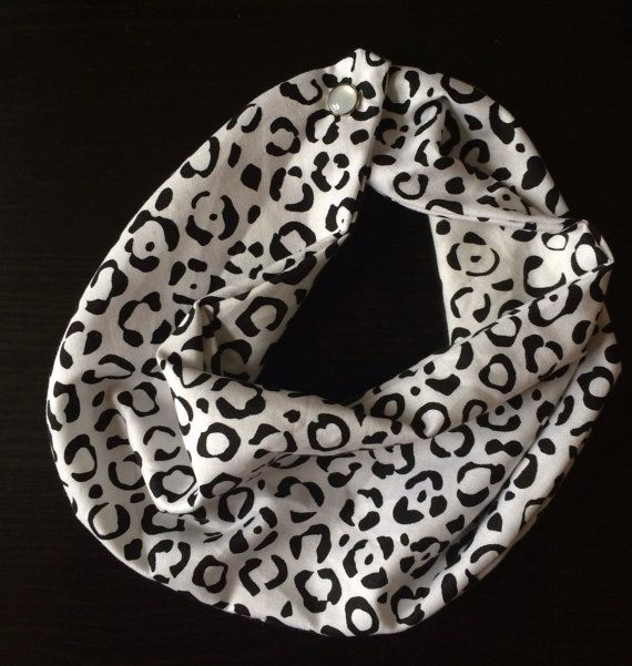 Hey, I found this really awesome Etsy listing at https://www.etsy.com/listing/188106329/baby-infinity-scarf-bib-white-and-black