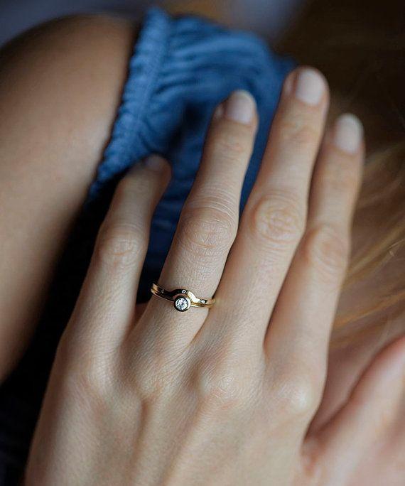 Diamond Wedding Set Bezel Diamond Ring with Curved by capucinne