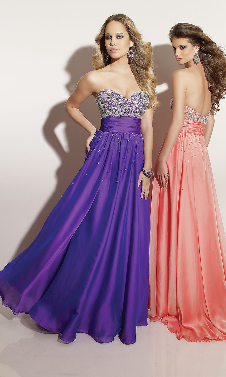 i love the purple oneEvening Dresses, Fashion, Homecoming Dresses, Vintage Prom Dresses, Style, Purple, Formal Dresses, Clothing, Gowns